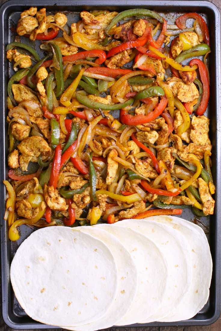 Baked Chicken Fajita One Of The Easiest Healthy Dinner Recipes Yellow Red And