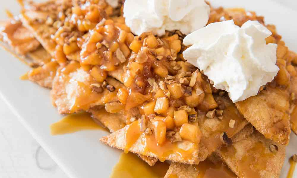 15 Minute Apple Pie Nachos