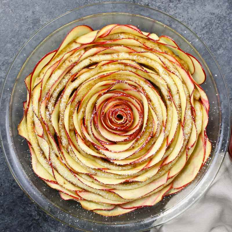This Apple Rose Cinnamon Roll is a gorgeous and delicious dessert