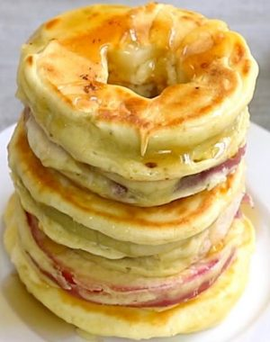 Quick and Easy Apple Pancakes - You Don't Have to be a Celebrity to have this for breakfast