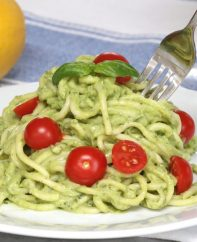 This is a photo of Avocado Pasta on a plate - a delicious, healthy and vegan lunch or dinner idea with a beautiful green color