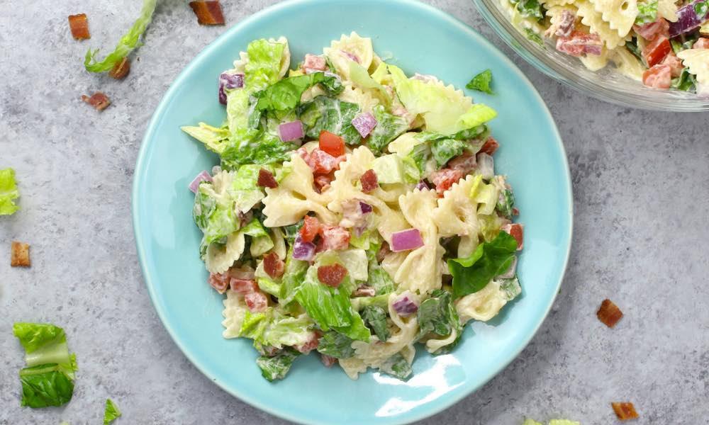 Easy 15 Minute BLT Pasta Salad