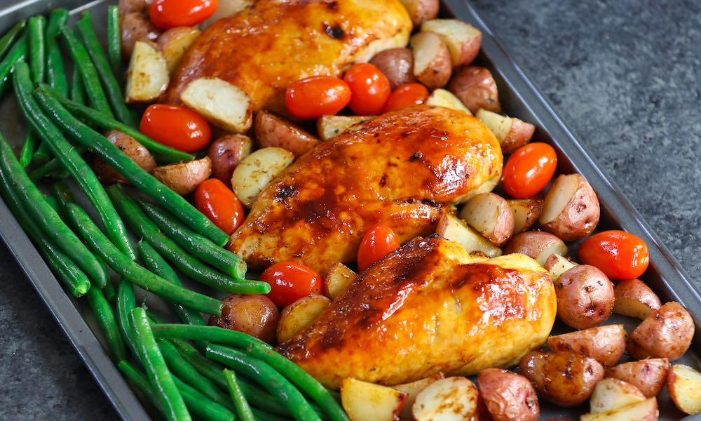 Tender and Juicy Chicken with Potatoes and Green Beans