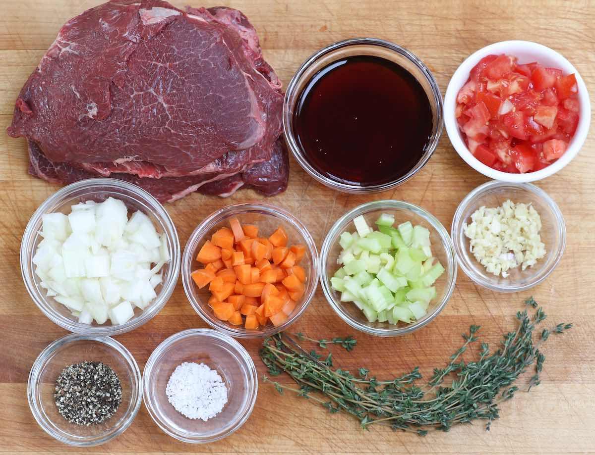 Ingredients for braised beef cheeks