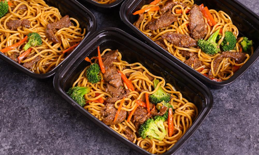 20 Minute Beef Lo Mein Meal Prep