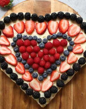 This Berry Heart Cake is perfect for Valentine's Day