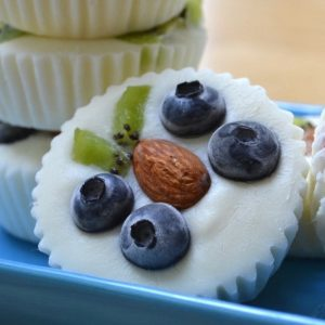 These Butterfly Frozen Yogurt Cups are a delicious summer DIY treat