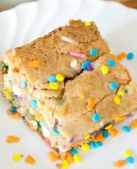 Cake Batter Blondies are an easy 6-ingredient dessert bar recipe that easy to make using white cake mix