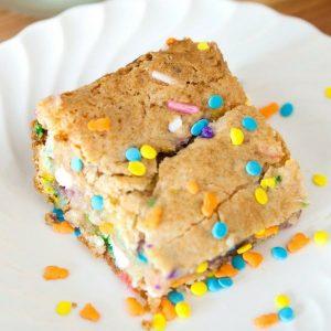 Cake Batter Blondies are an easy 6-ingredient dessert bar recipe that easy to make using white cake mix