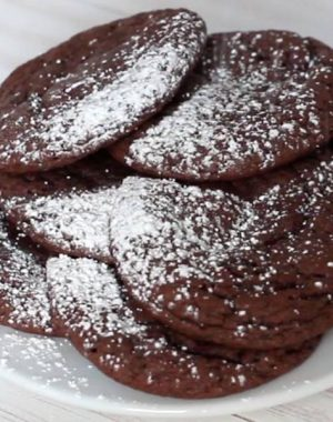 Rolo Stuffed Cake Mix Cookies - easy and fun to make