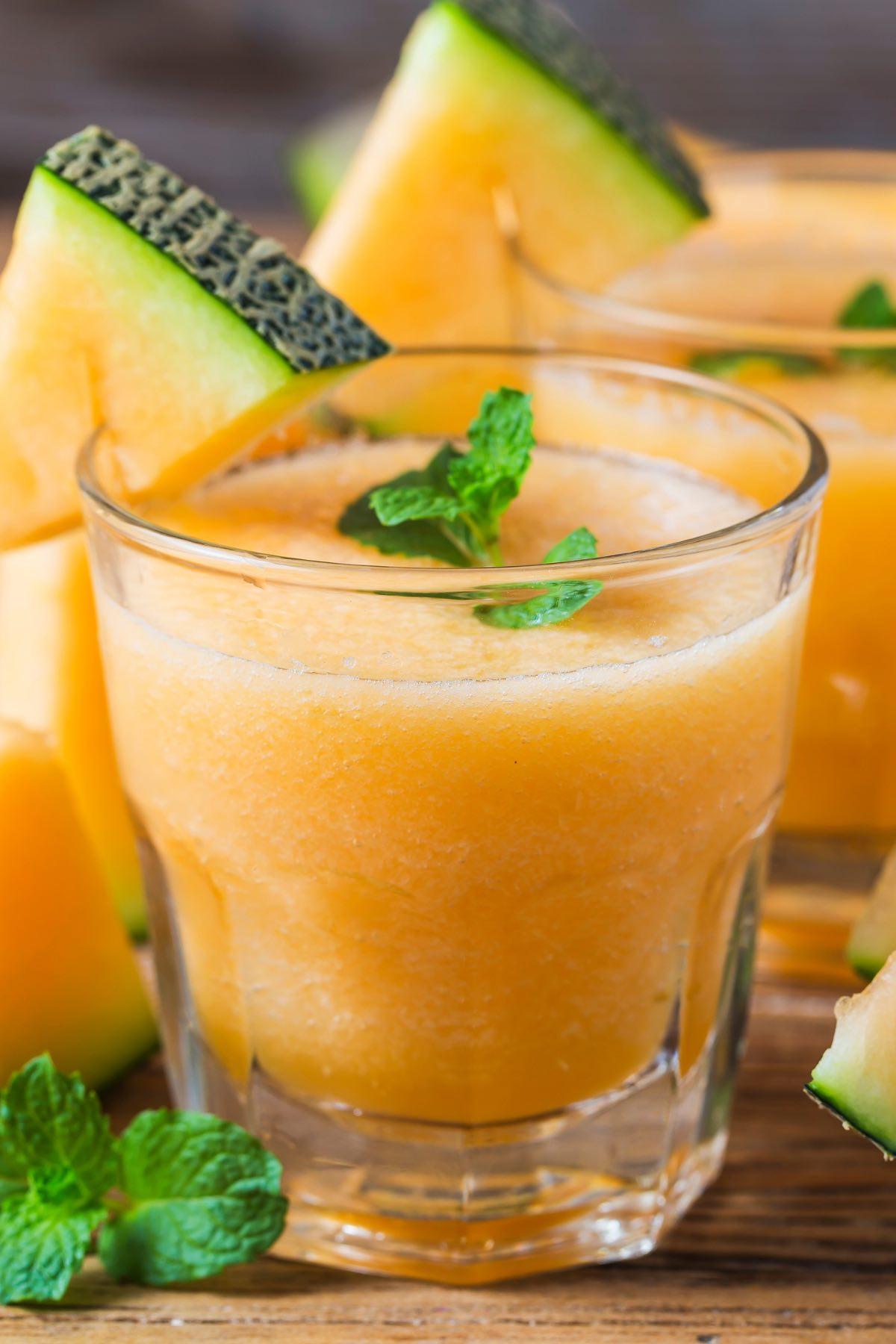Homemade cantaloupe juice
