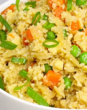 How to Make Cauliflower Rice the easy way with tips and tricks