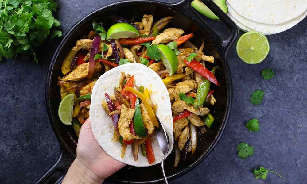 15 Minute Easy Chicken Fajitas
