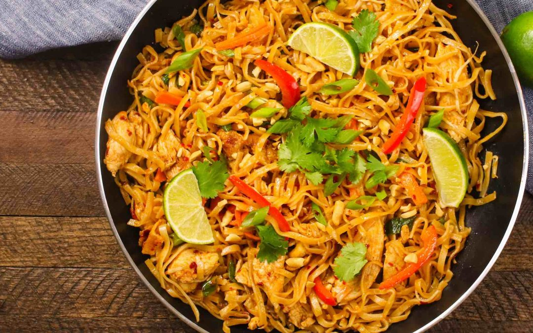 20 Minute Easy Chicken Pad Thai