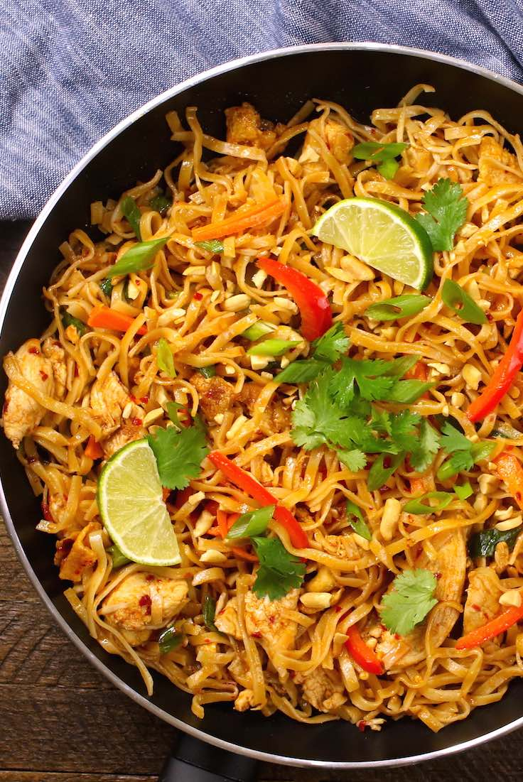 20 minute easy chicken pad thai recipe with video tipbuzz the easiest most unbelievably delicious chicken pad thai is full of authentic favors and so forumfinder