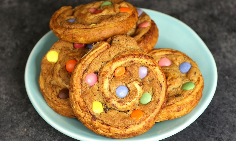 Easy Cinnamon Roll Cookies