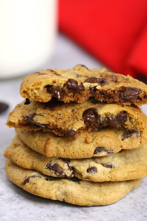Soft and Chewy Chocolate Chip Cookie Dough