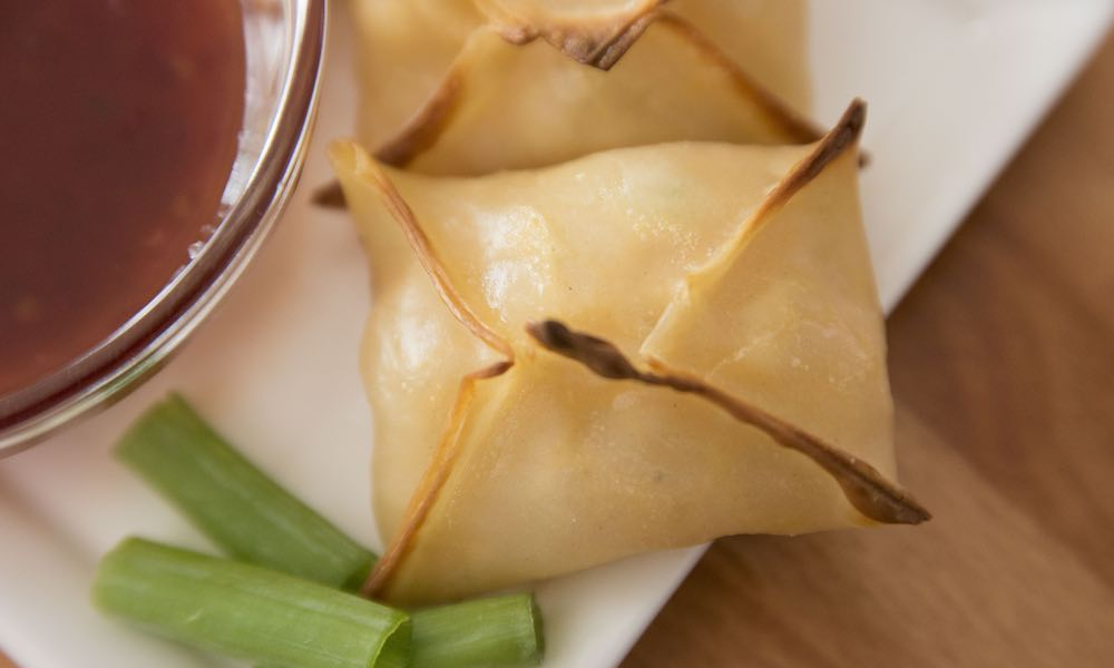 These cream cheese wontons with shrimp are delicious