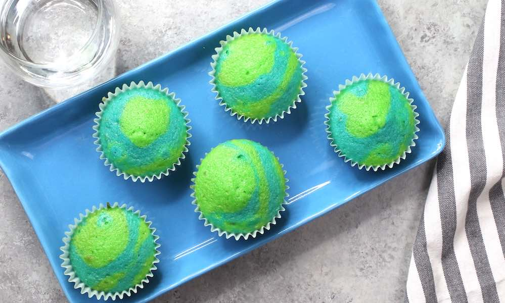 Easy 2 Tone Cupcakes