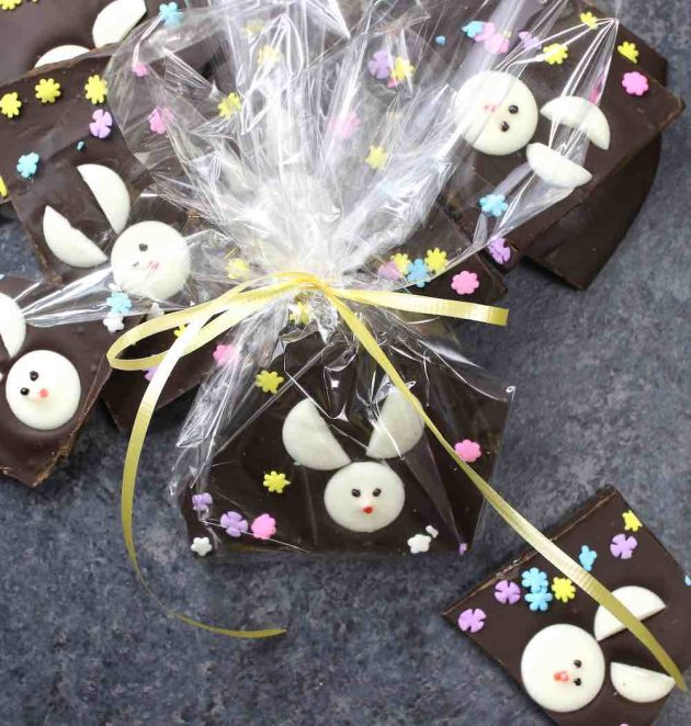 Easter bark wrapped in cellophane to make do-it-yourself holiday gifts