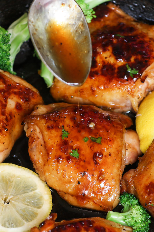 Lemon Chicken Sauce not only tastes incredibly divine, it's crazy simple to make with just a few ingredients: Lemon juice, Garlic, Sugar, Soy sauce and Oregano.