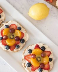 This Fruity Bagel Pizza recipe is a beautiful way to improve on a plain bagel