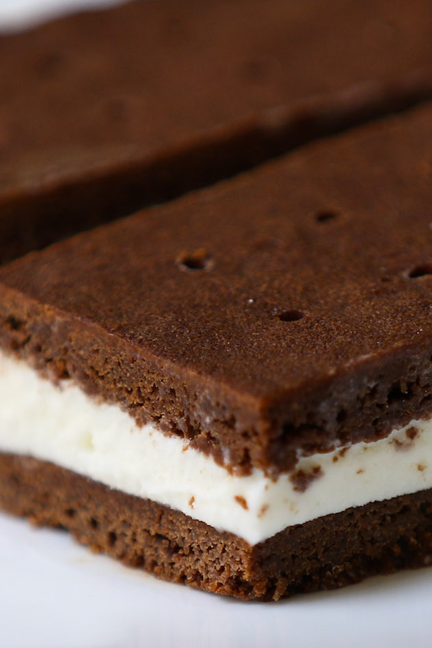 Closeup of homemade ice cream sandwiches with chocolate brownie wafers