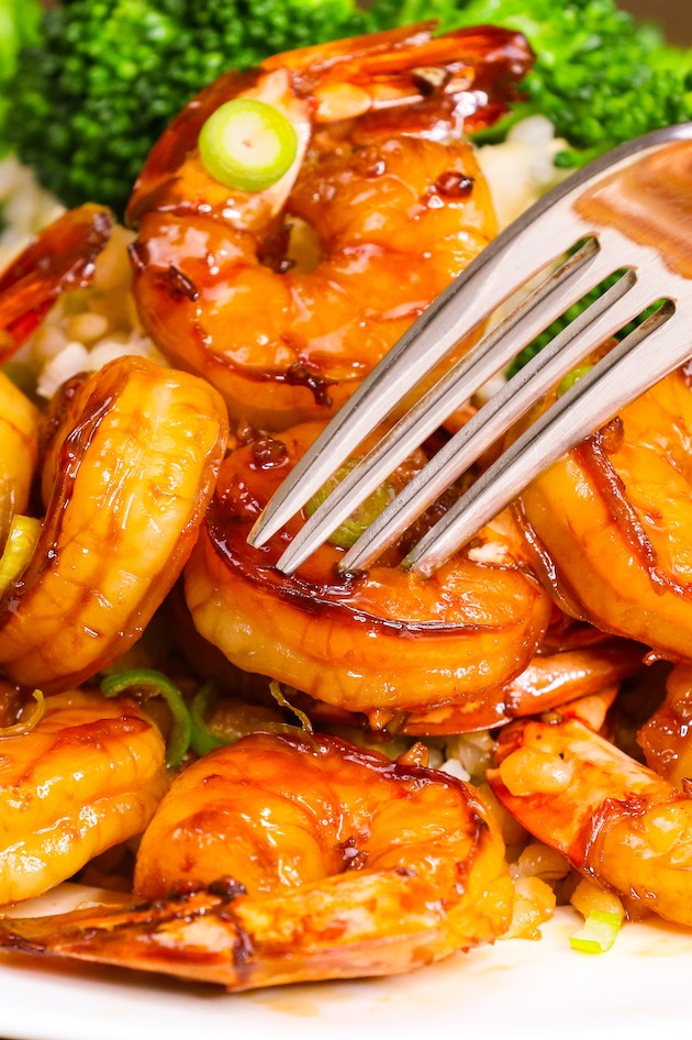 An easy, healthy shrimp dinner is just minutes away. Honey Garlic Shrimp recipe is one of my favorite shrimp dinner ideas because it's quick to make with delicious flavor that balances sweet and savory perfectly.