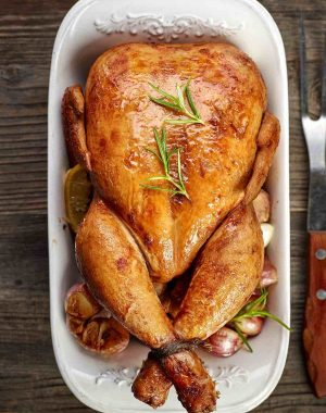 out the chicken to thaw and completely forgot about it. Should you throw it out or is it still safe to cook? Or how about those leftovers from lunch? Can they be eaten for dinner if they weren't kept in the fridge for a couple of hours?