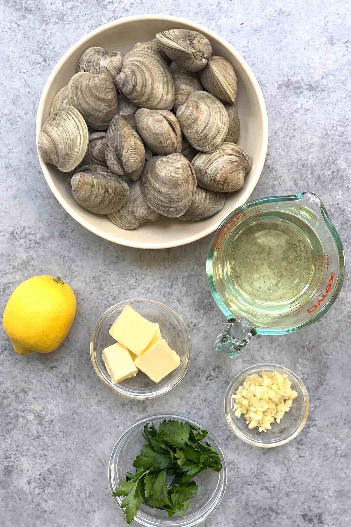 Ingredients for steamed clams