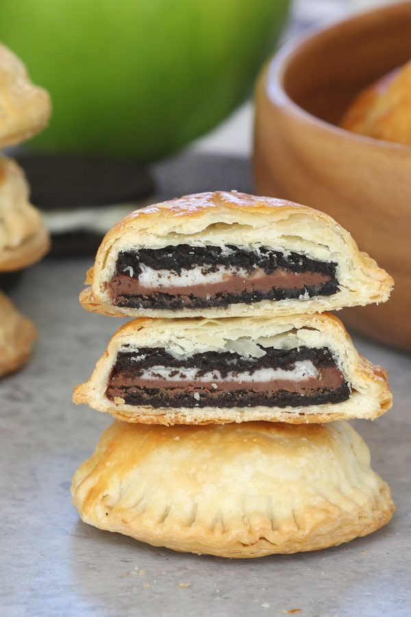 Nutella Stuffed Oreo Puffs