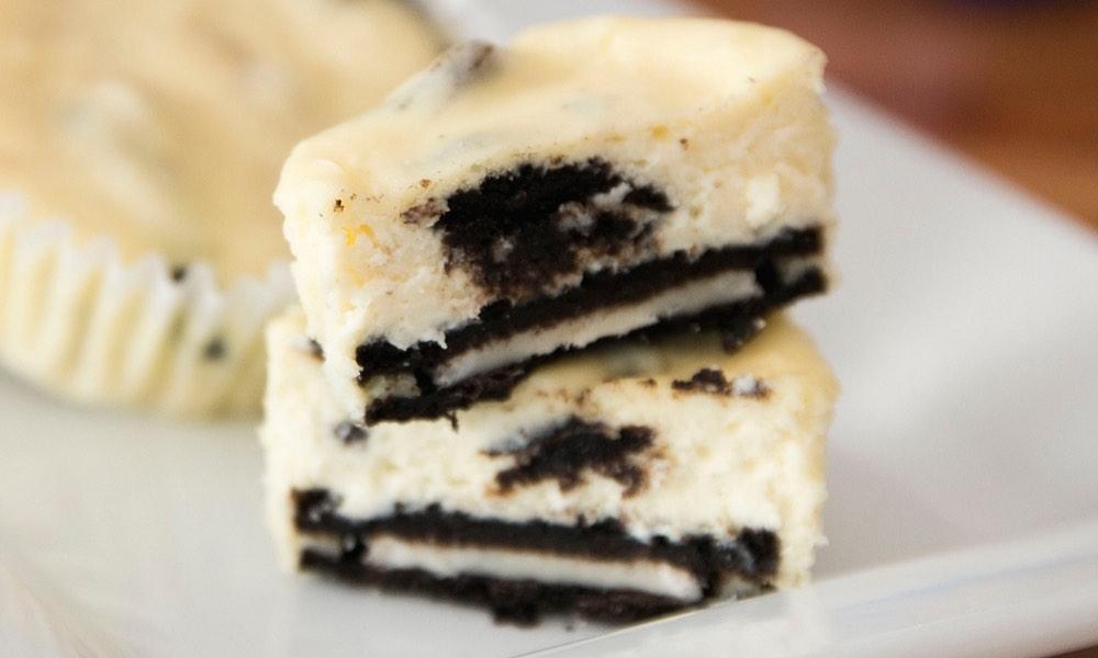 The Best Oreo Cheesecake Cupcakes