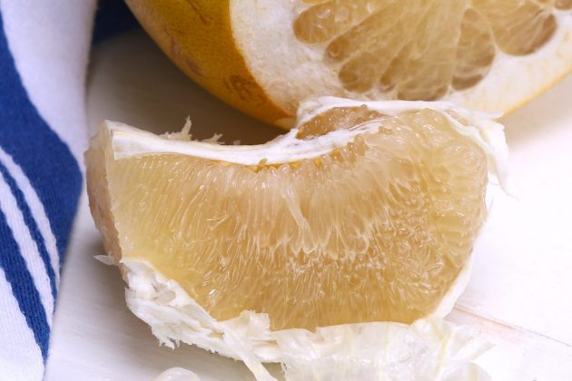 Pomelo is a large citrus fruit with a refreshing sweet and mild taste. Here we cover what is a pomelo, some of its health benefits and how it compares to grapefruit. We also explain different ways to eat this delicious fruit.