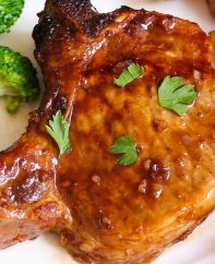 The Best Ever Pork Chop Marinade is the easiest and most delicious marinade that makes your pork chops extra tender and juicy. It helps to tenderize pork chops with a mouthwatering sweet and savory sauce. It takes 15 minutes to make with restaurant quality!