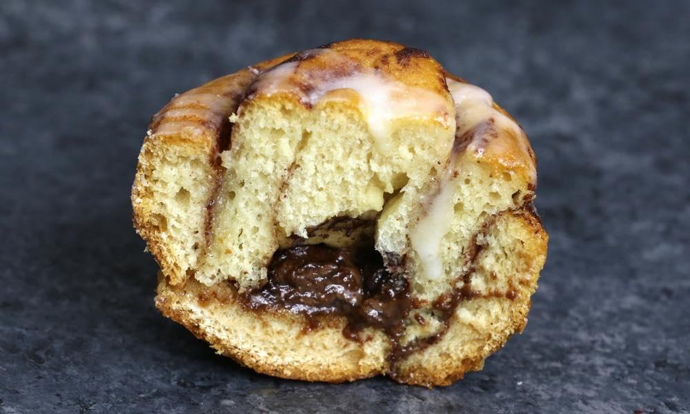 3 Ingredient Rolo Stuffed Cinnamon Roll Ring