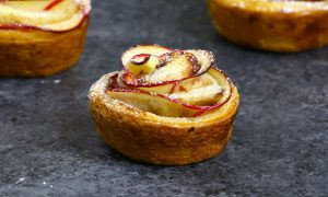 Apple Rose Cinnamon Cups