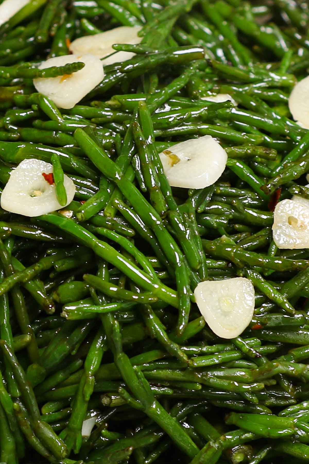 Sauteed sea beans with garlic and red pepper flakes