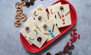This Snowman Reindeer Chocolate Bark is an easy DIY gift idea for the holidays