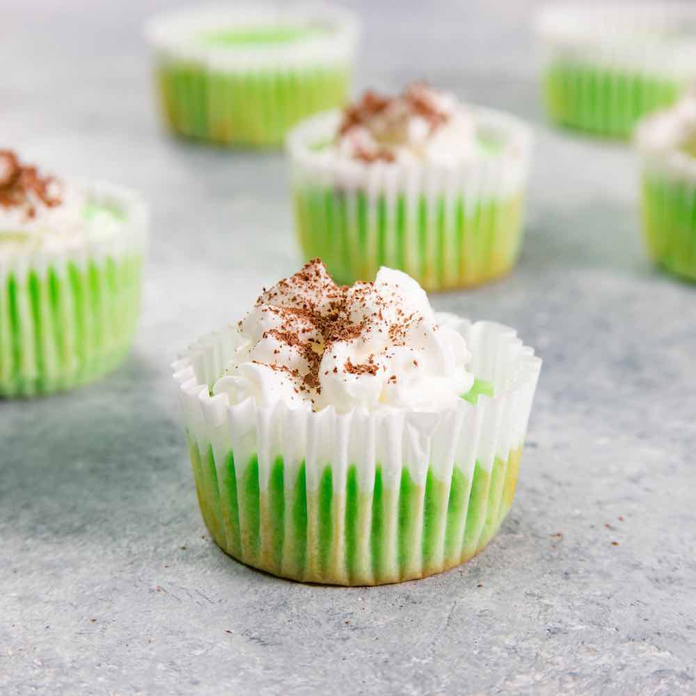 These shamrock cupcakes are fun and easy to make