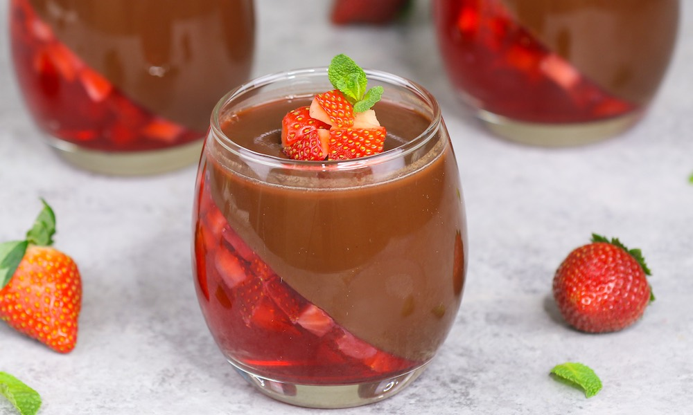 Strawberry Chocolate Mousse Recipe With Video Tipbuzz