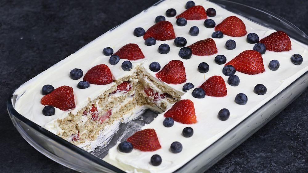 Strawberry Icebox Cake pan