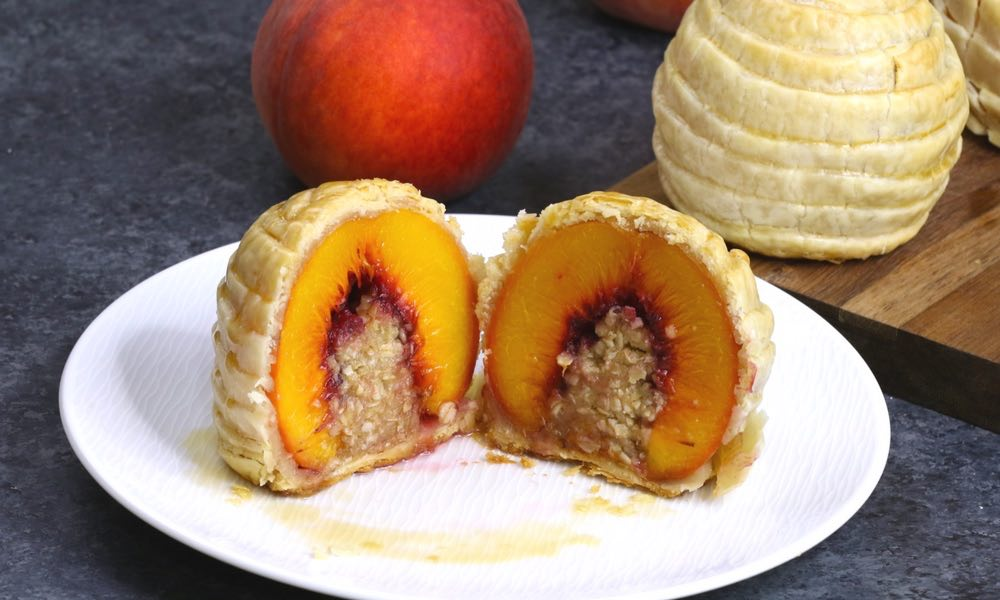 Stuffed Peach Cobbler Puffs