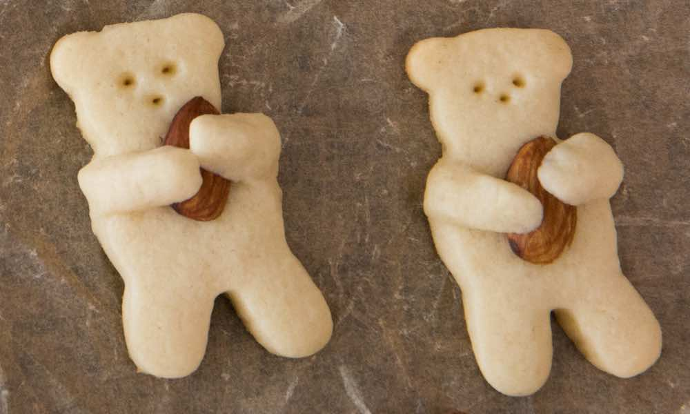 Easy Teddy Bear Cookies Recipe (with Video) | TipBuzz