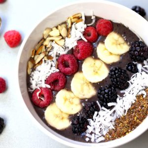 This Berry Smoothie Bowl recipe is an easy breakfast idea