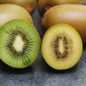 Golden kiwi versus green kiwi side-by-side comparison