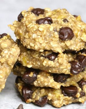 These Banana Oatmeal Cookies are chewy and soft, made with 3 ingredients: bananas, oats and chocolate chips