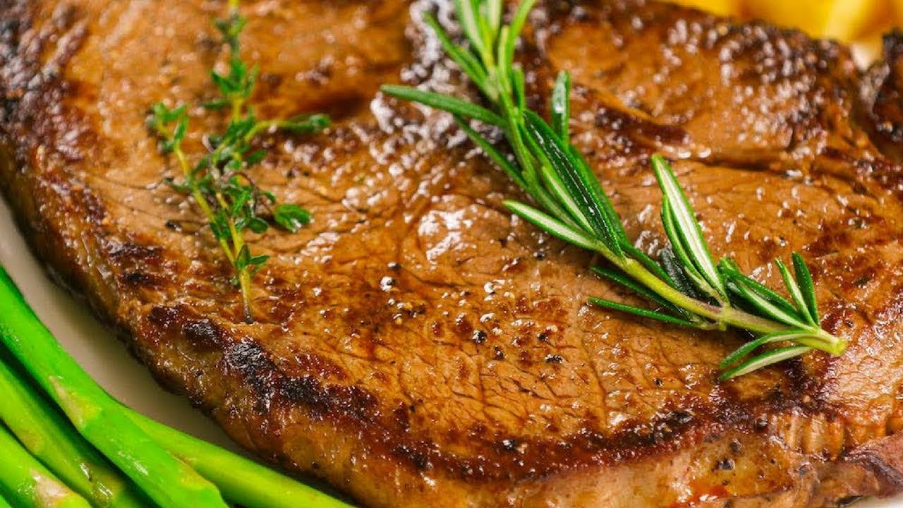 15 Minute Easy Pan Seared Sirloin Steak Recipe With Video Tipbuzz